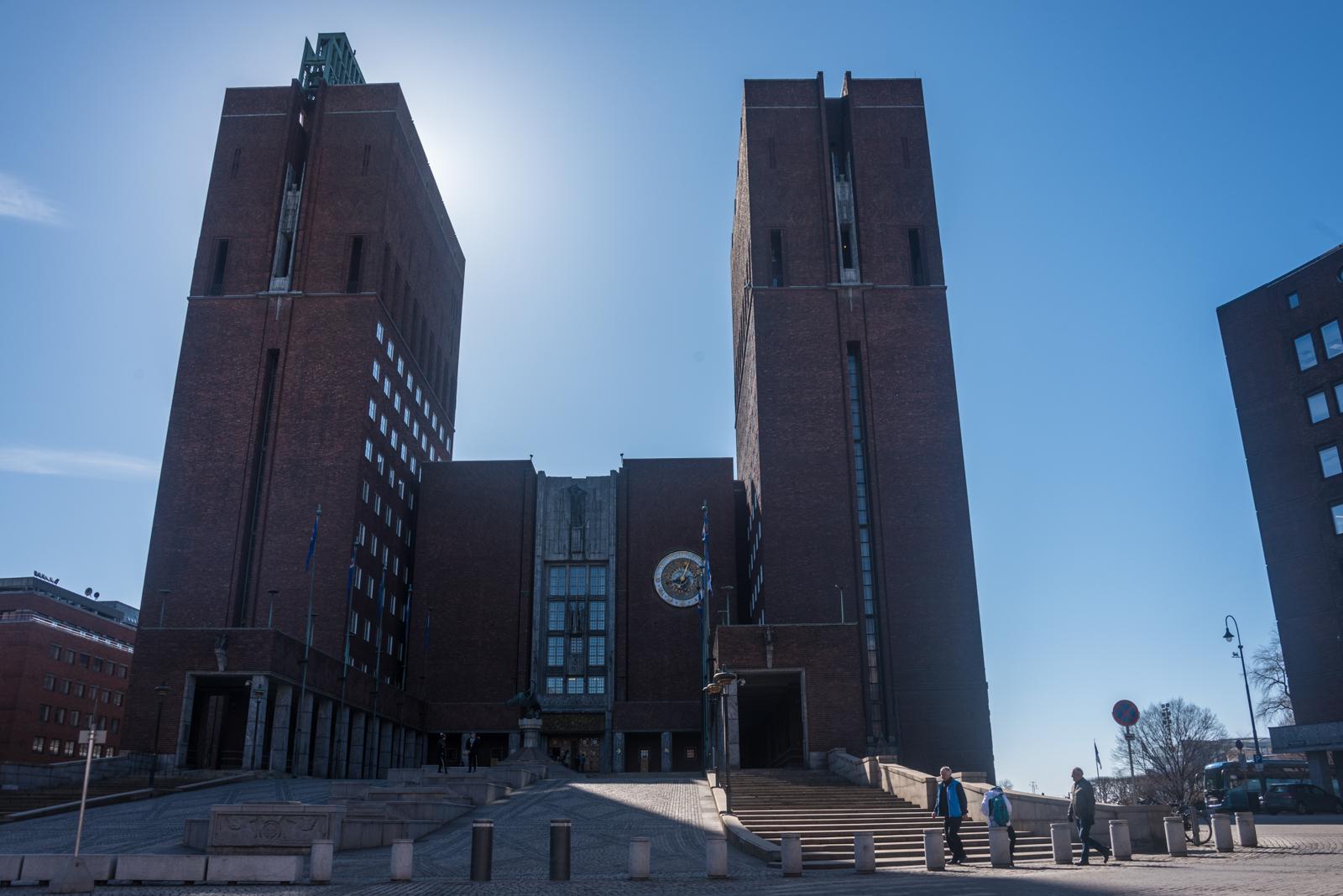 Municipio di Oslo facciata
