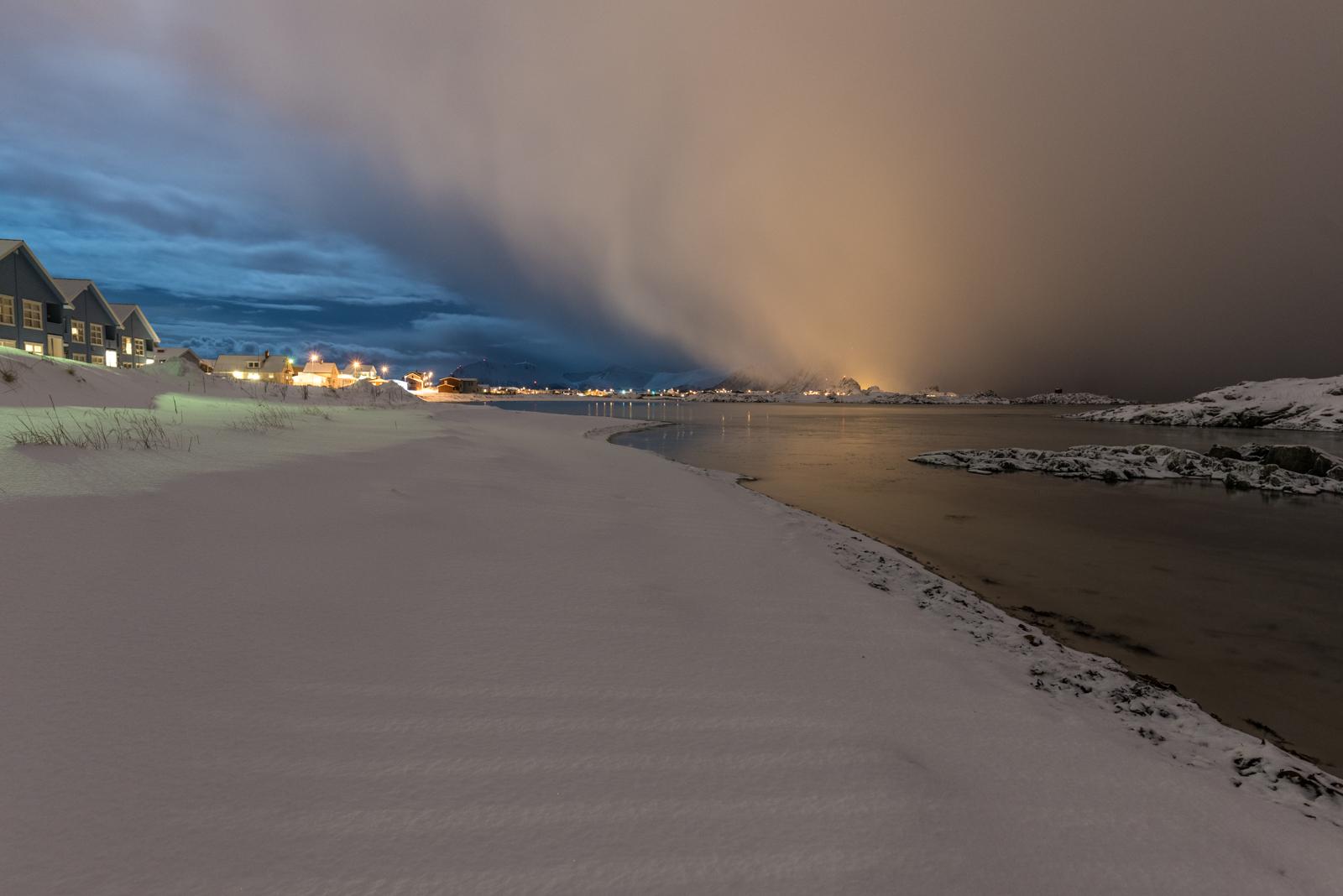 Spiaggia di Andenes con tempesta in arrivo