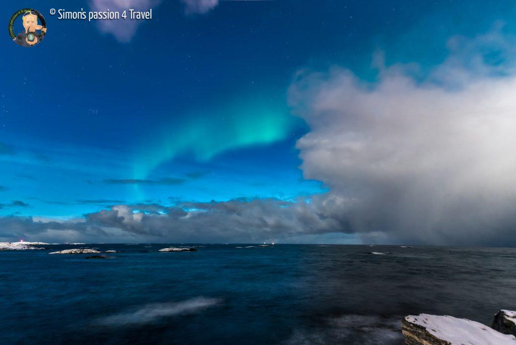 isole-lofoten-aurora-boreale-mare
